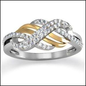 Elegant Diamond engagement  Ring - Size 7
